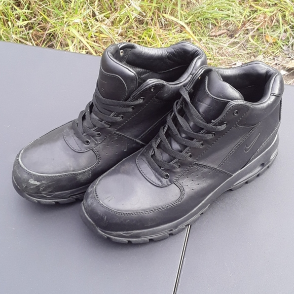 Nike ACG Boots Size 12 Mens